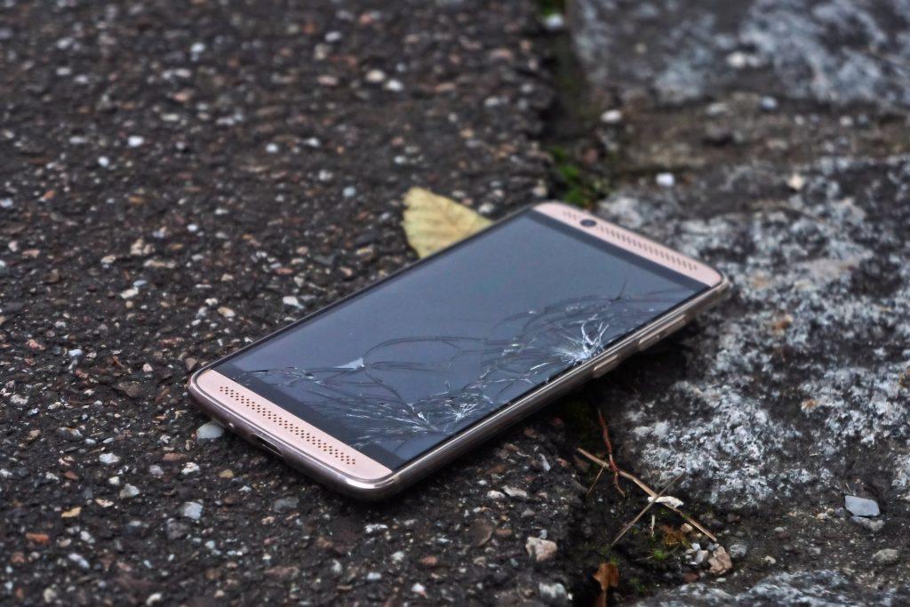 smartphone 2971064 1920 1024x683 - O que é Gorilla Glass?