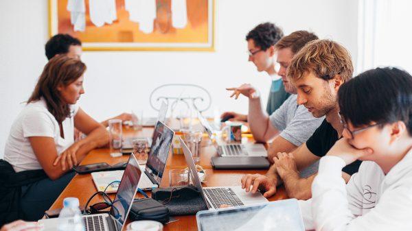 pexels daria shevtsova 1560932 600x337 - 4 apps para aumentar a produtividade