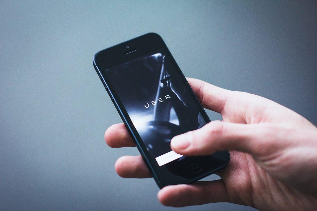 app 2941689 1280 1024x682 - Uber disponibiliza função de transporte público no app