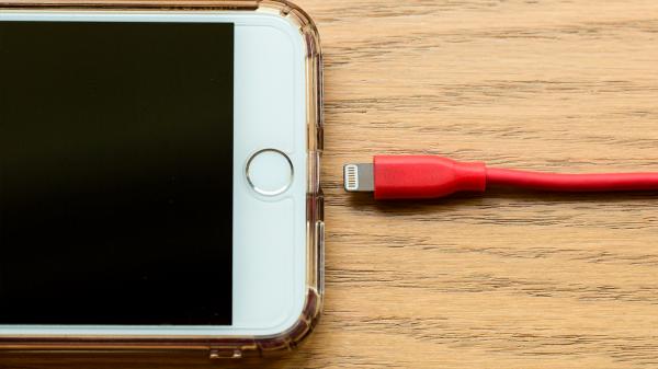 tudo sobre baterias 600x337 - Baterias de celular: o que você precisa saber sobre elas