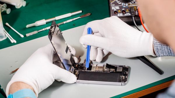 manutenção 600x337 - Tudo sobre manutenção de celulares