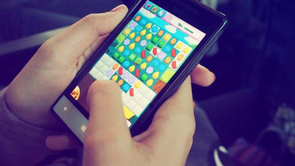 pexels beata dudová 228963 600x337 - 5 apps de brincadeiras para a reunião de família